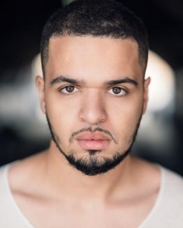 Julian - Skuespiller og spoken word-poet