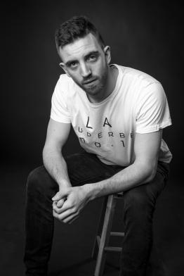 Tom - Skuespiller og tekstforfatter